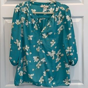 And Taylor loft top large